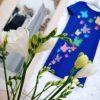 rochie albastra pictura fluturi colorati